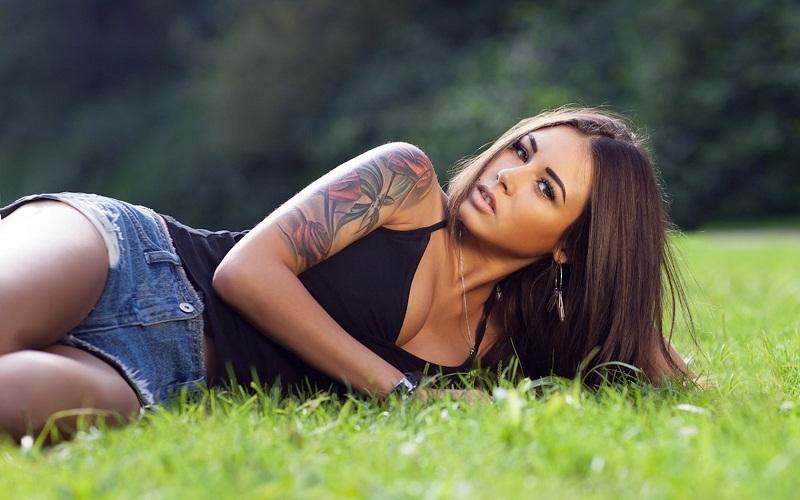 как ухаживать за свежей татуировкой, тату уход, татуировка уход