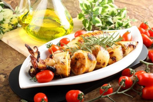 рецепты блюд из кальмаров, блюда с кальмарами рецепт, что приготовить из кальмаров, как готовить кальмаров, блюда из кальмаров