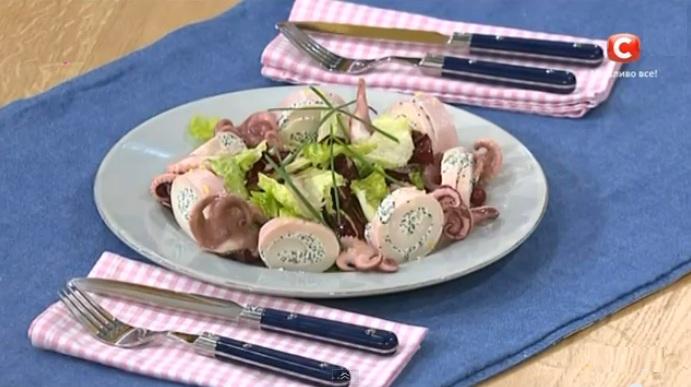как готовить кальмары, как приготовить кальмары, секреты приготовления кальмаров, сергей калинин кальмары, Сергей Калинин рецепты, салат с кальмарами рецепт, сергей калинин салат с кальмарами