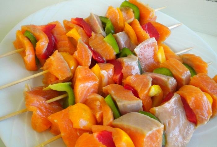 рыбный шашлык рецепт, как приготовить рыбный шашлык, шашлык из рыбы рецепт, как приготовить шашлык из рыбы, рыбный шашлык от участниц Зважені та щасливі