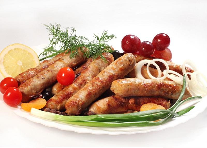 все буде смачно колбаски, Все буде смачно, баварские колбаски рецепт, колбаски в домашних условиях рецепт, игорь мисевич рецепты,