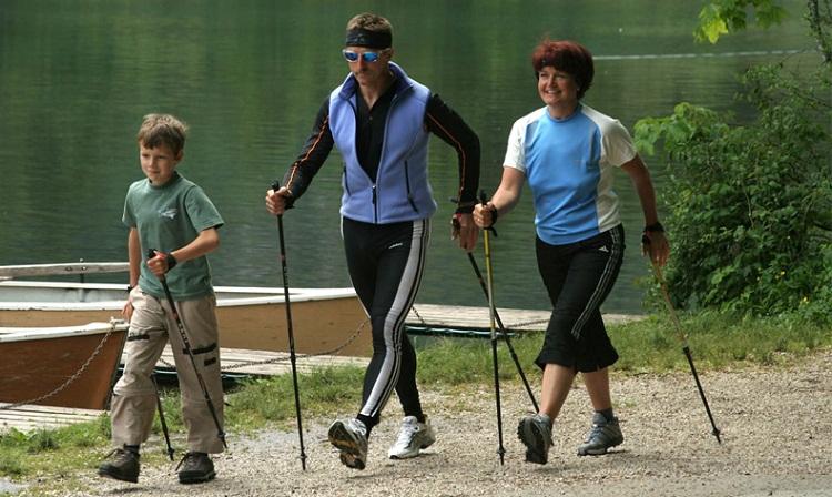 нордическая ходьба, скандинавская ходьба с Анитой Луценко, особенности скандинавской ходьбы, ходьба с палками от аниты луценко