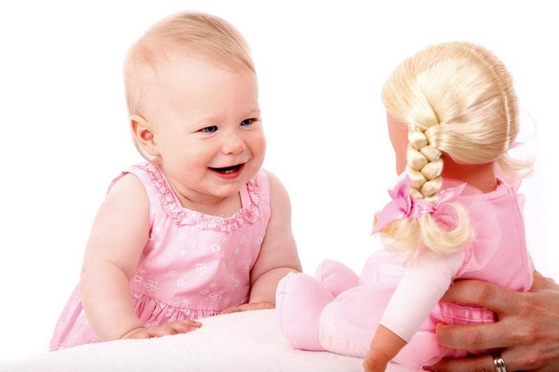 кукла для девочки значение