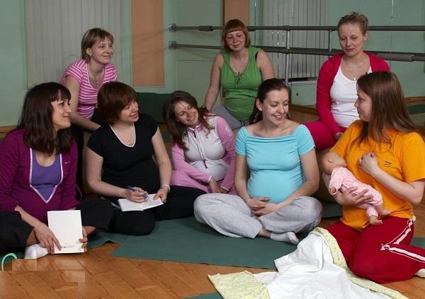 нужно ли посещать курсы для беременных,