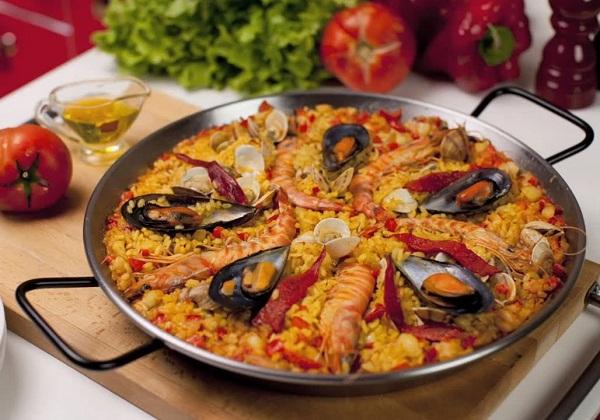 Все буде смачно, все буде смачно паэлья, испанская паэлья рецепт, паэлья с морепродуктами рецепт