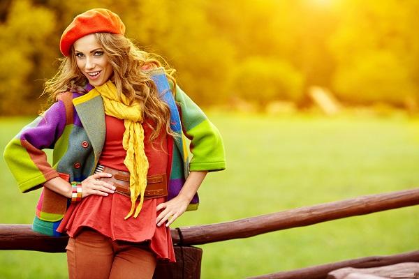 как выбрать яркую одежду, как скрыть бедра одеждой, как скрыть живот одеждой
