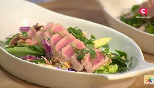 Эктор Хименес-Браво рецепты, салат с тунцом рецепт