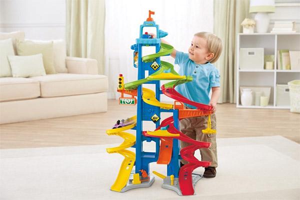 Какие игрушки нужны детям до 1 года