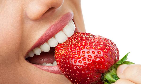 здоровые зубы, зубная нить, как сохранить зубы здоровыми,