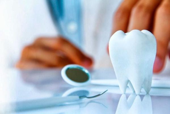 имплантация зубов, имплантация зубов плюсы и минусы